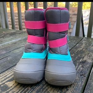 Wonder Nation snow boots size 4